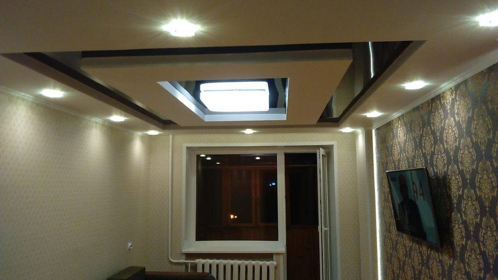 Натяжной потолок в зале в хрущевке: 24 идеи с фото