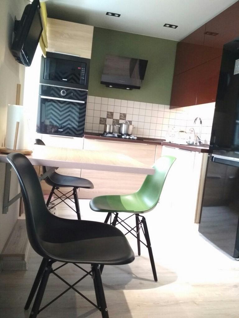 Кухонный стол в хрущевке - как разместить? Лучшие идеи