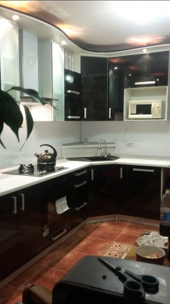 Встроенная кухня в хрущевке - 25 фото с примерами