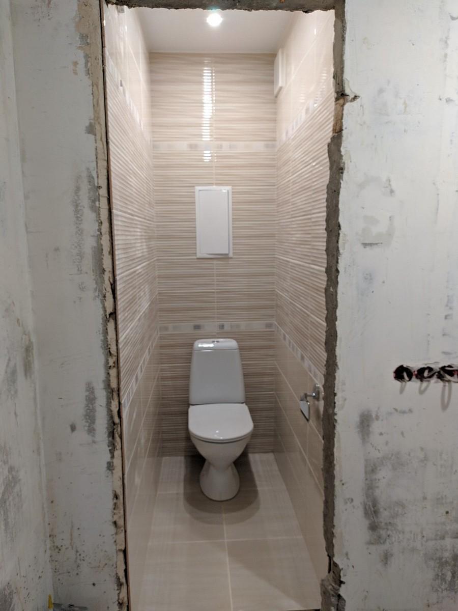 Как закрыть трубы в туалете: популярные способы с примерами на фото